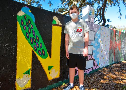 Middle School Mural Brings Class Together Through Art